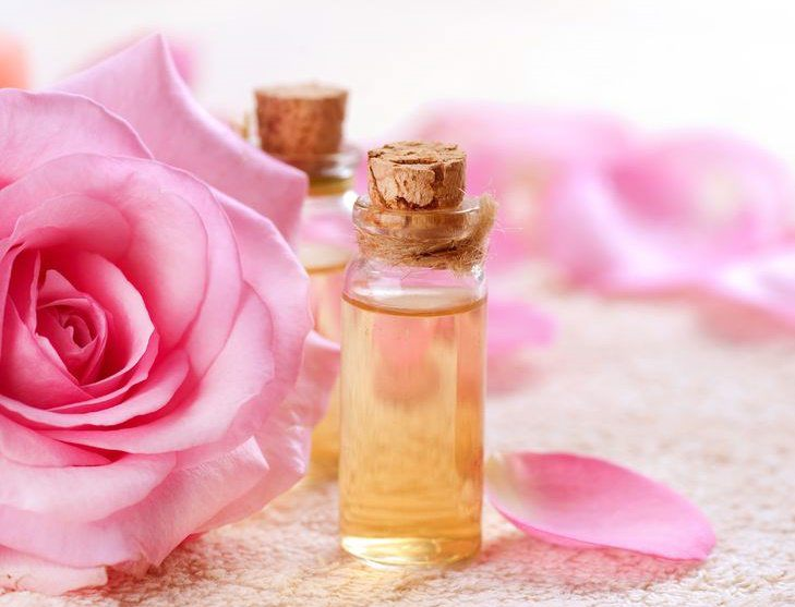 Esencia de perfume de rosas